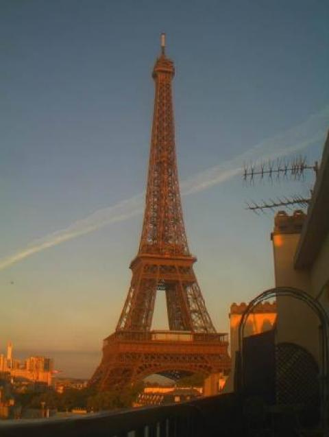 Live Paris Streaming Eiffel Tower Webcam