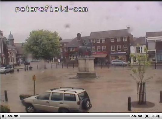 Petersfield Town Centre live streaming webcam
