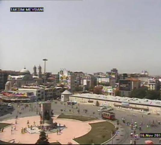 Istanbul live video streaming webcam Taksim Square