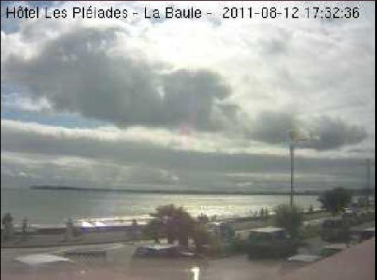 Bay of La Baule streaming weather webcam