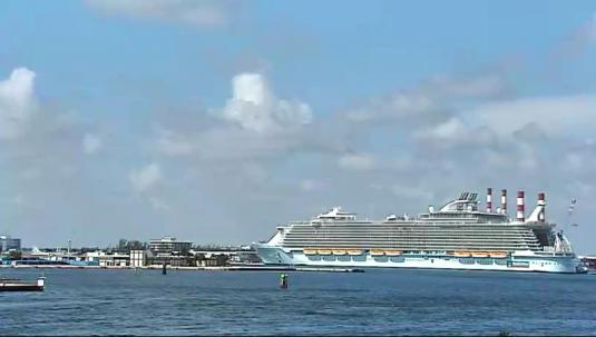 Port Everglades HD streaming video webcam Florida