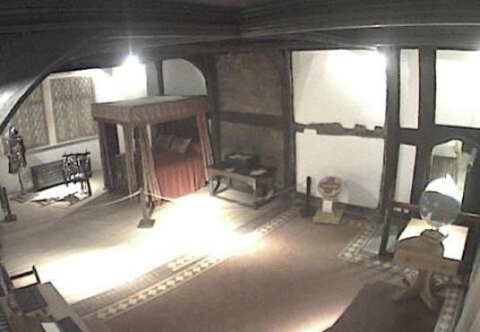 Great Chamber Ghosthunting Live Ghost Cam Ordshall Hall Manchester