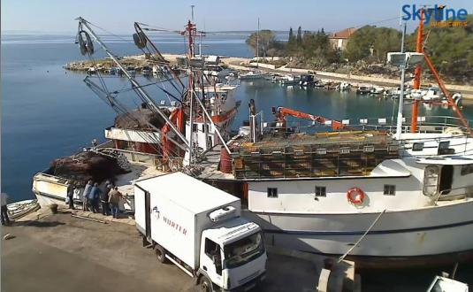 Live Streaming HD Marina Webcam in Pag, Croatio