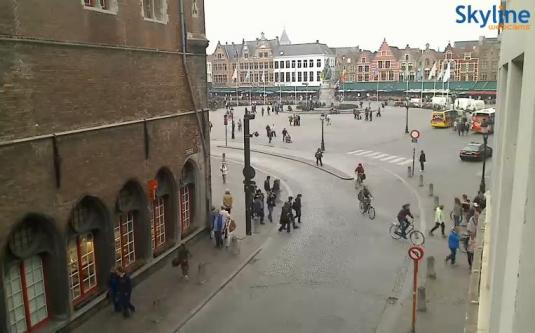 Live Streaming HD Market Square Webcam Bruges, Belgium.