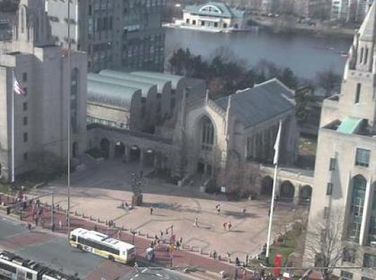 Live marsh plaza webcam boston university campus boston ma for Camera streaming live