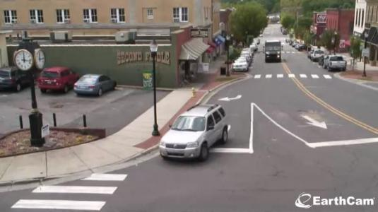 Belmont City Downtown Streaming Main Street Traffic Weather Cam North Carolina