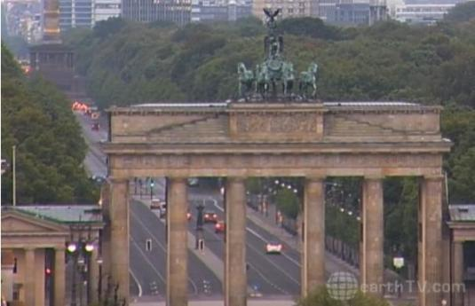 Brandenburg Gate Live Streaming Webcam Berlin City Germany