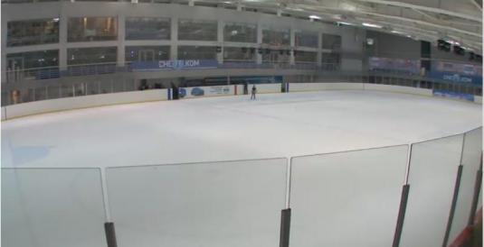 SNEZH.KOM Live Ice Skating Rink Webcam Moscow Russia