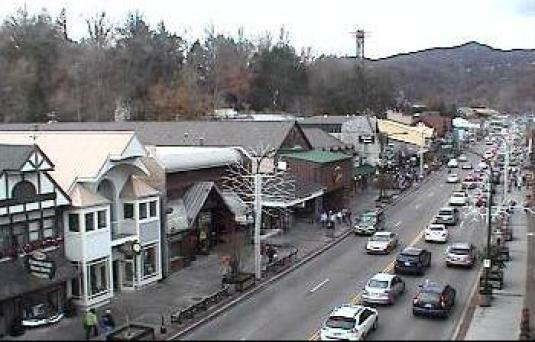 Gatlinburg Mountain Resort City Downtown Traffic Weather Cam Tennessee