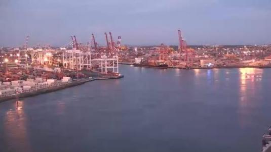 Port Melbourne Live Weather Webcam City of Melbourne Australia