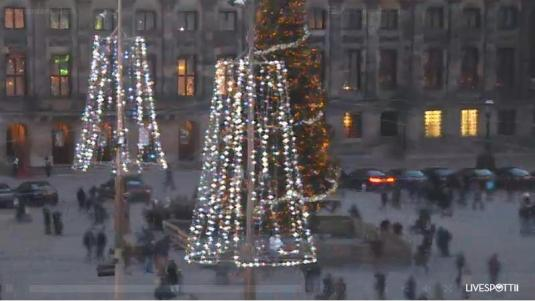 Live Dam Square Christmas and New Year Celebrations Webcam Amsterdam