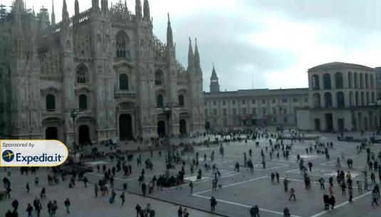 Piazza del Duomo Milan Cathedral Live Streaming Milan Webcam