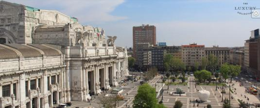 Milano Centrale Railway Station Web Cam Piazza Duca d-Aosta Square Milan